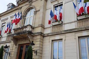Automobilių nuoma Arpajon, Prancūzija